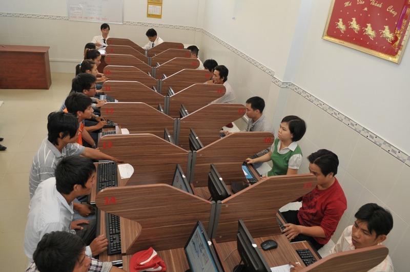 Tham khảo thông tin thi bằng lái xe máy tại Hà Nội