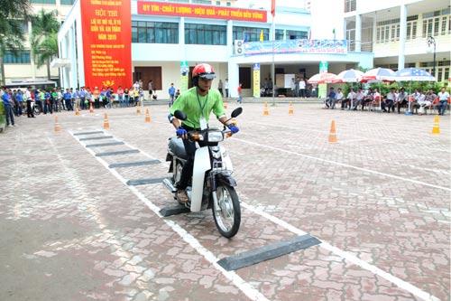 Tìm hiểu trung tâm thi bằng lái xe máy quận Thanh Xuân